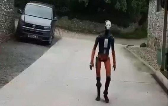 Robot humanoide que aterroriza en las redes sociales