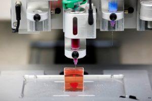 máquina imprimiendo corazón