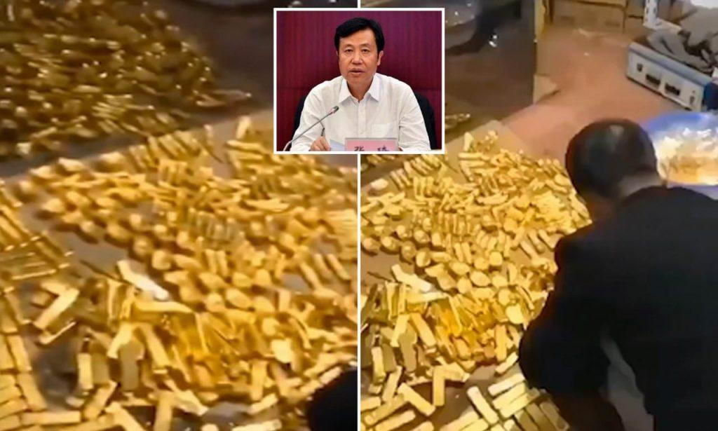Los inspectores de corrupción descubrieron miles de barras y ladrillos dorados en la casa del hombre en la provincia de Hainan, China, a principios de este mes. El funcionario está siendo investigado.