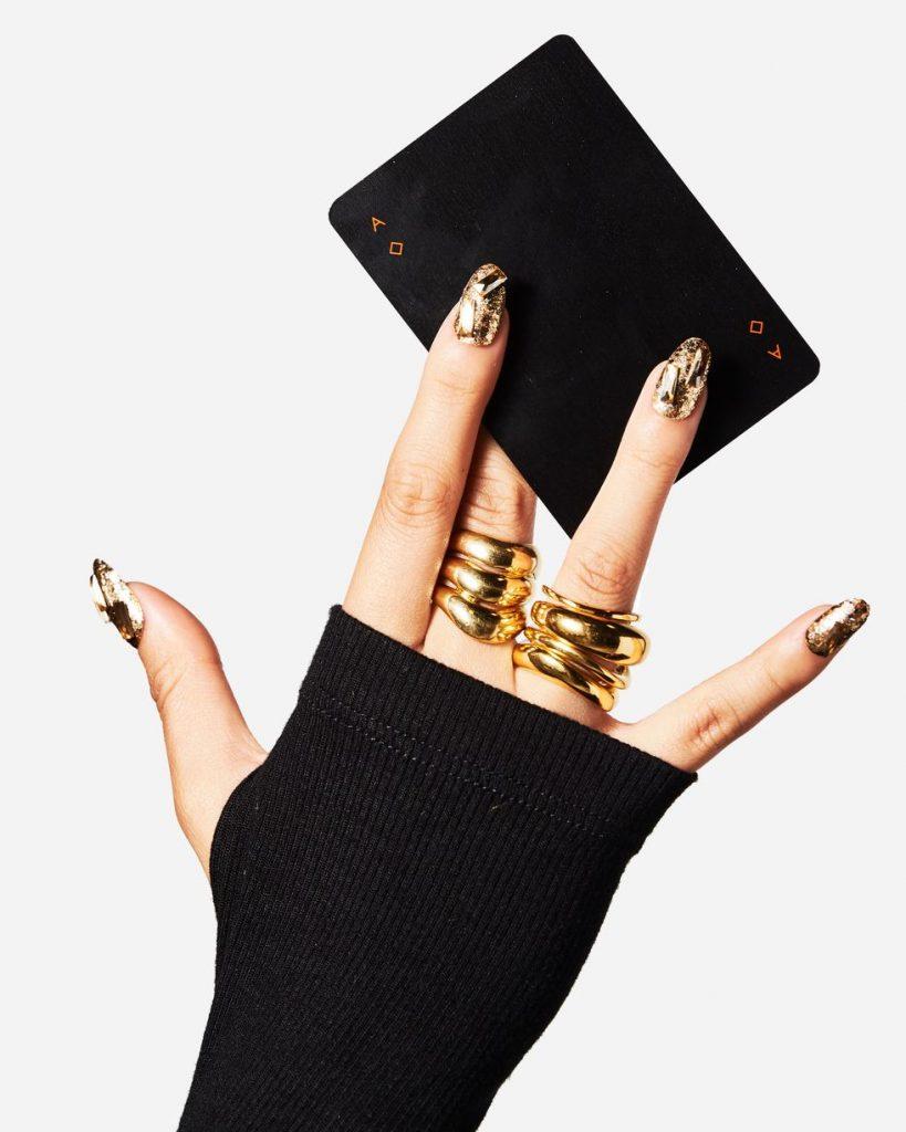 Convinación con anillos de oro