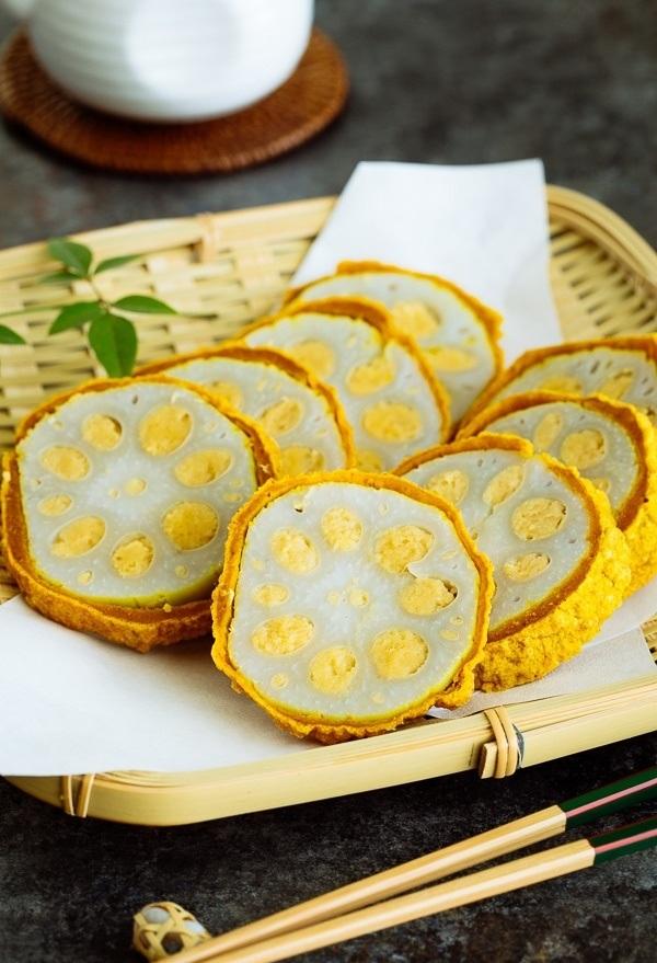 Karashi Renkon una comida regional popular de Japón