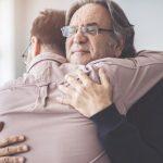 Beneficios de los abrazos para la salud según la ciencia