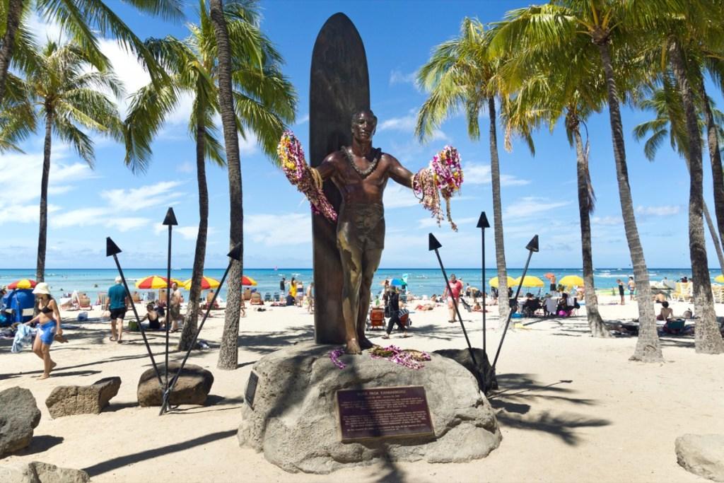 Hawaii Asista al Duke's OceanFest en Honolulu.
