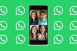 Varias personas teniendo una videollamada por WhatsApp