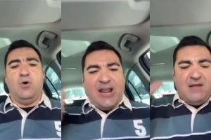 Hombre dentro de un auto en una pantalla dividida en tres y cada una reflejando su rostro