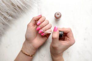 portada uñas decoradas
