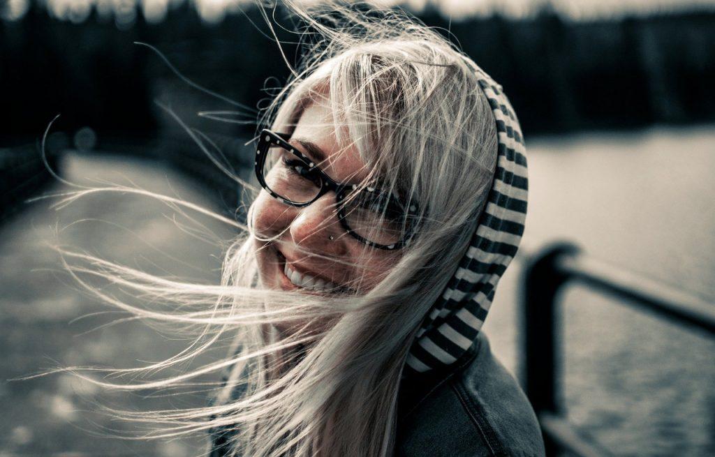 Tipo de sonrisa y su significado:  irónica vs Duchenne