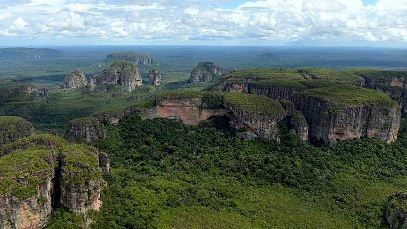 El Amazonas 1