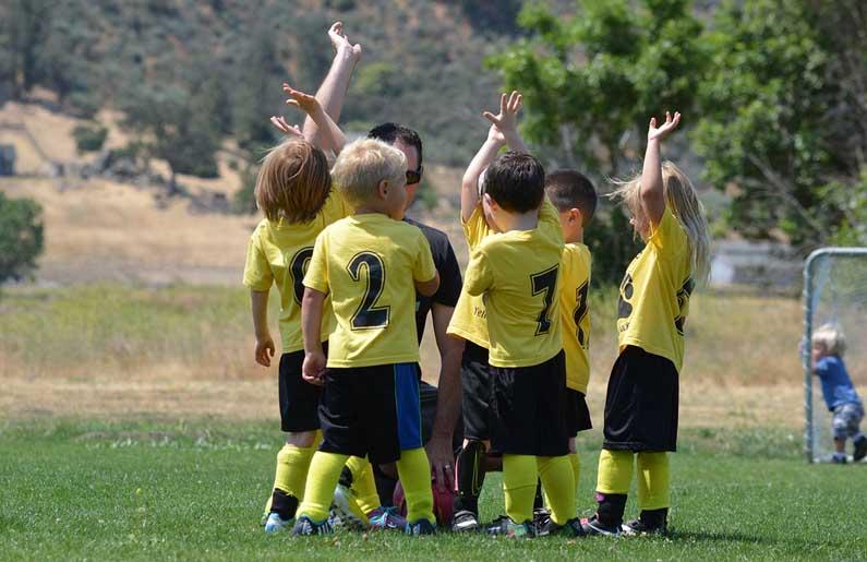 rivalidad entre el Fútbol y el Bádminton 2