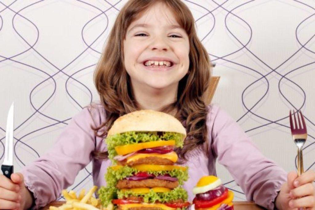 malos hábitos alimenticios.