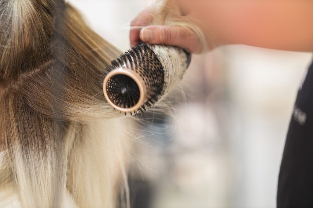 cepillarse bien el cuero cabelludo 4