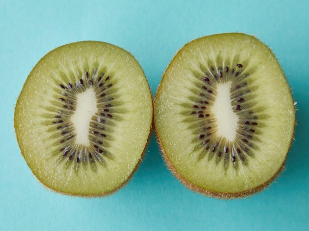 pelar y cortar frutas 2