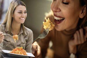Comer spaghetti