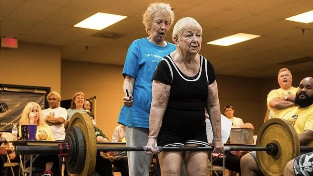 la levantadora de pesas más longeva del mundo