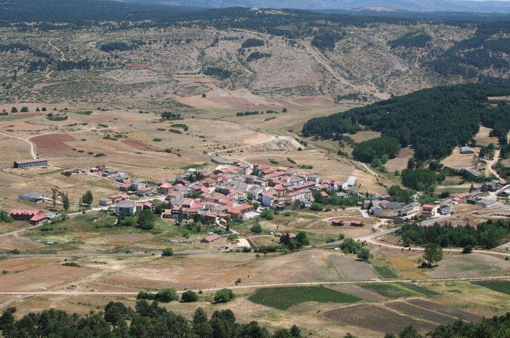 pueblo de España ofrece trabajo y casa gratis 3