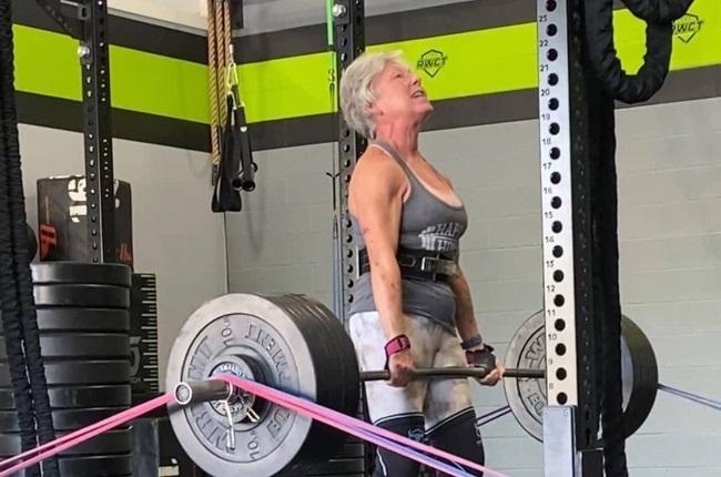 la levantadora de pesas más longeva del mundo 2